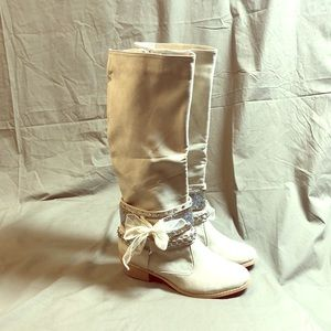 Not Rated Cream High Status Boots